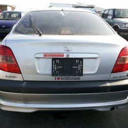 Toyota Avensis 1.8. essence 2001