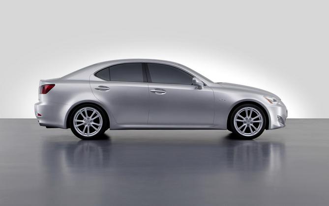 Lexus IS 250 ESSENCE